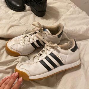 Adidas gum sole white & black sneakers